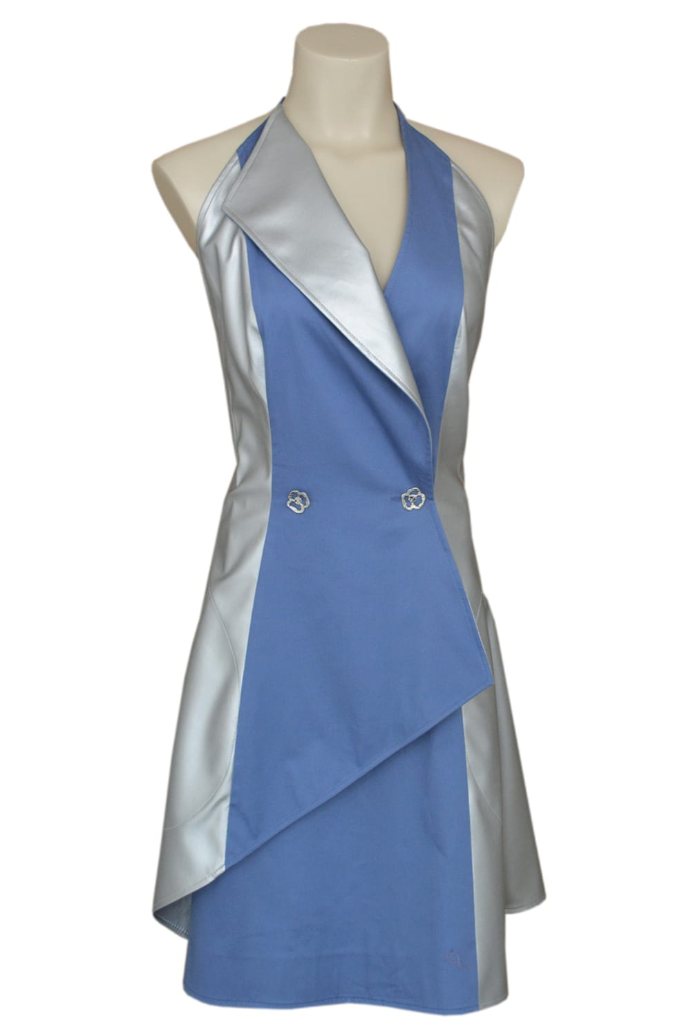 Dress suit in blue cotton and silver imitation leather. Naked back.