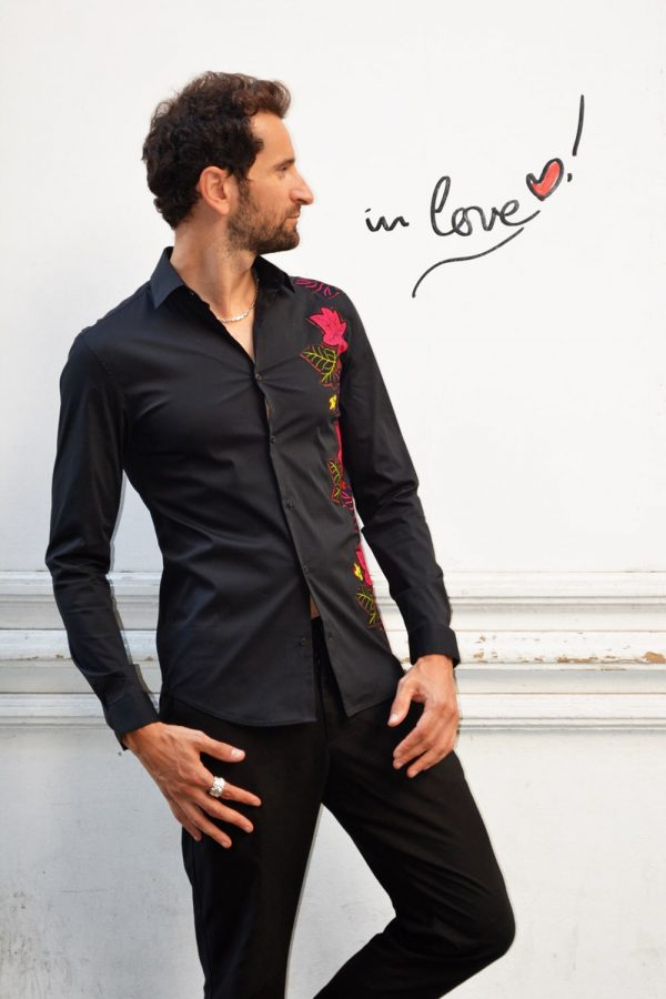 black fashion shirt with super wax Vlisco inlay from Xes collection