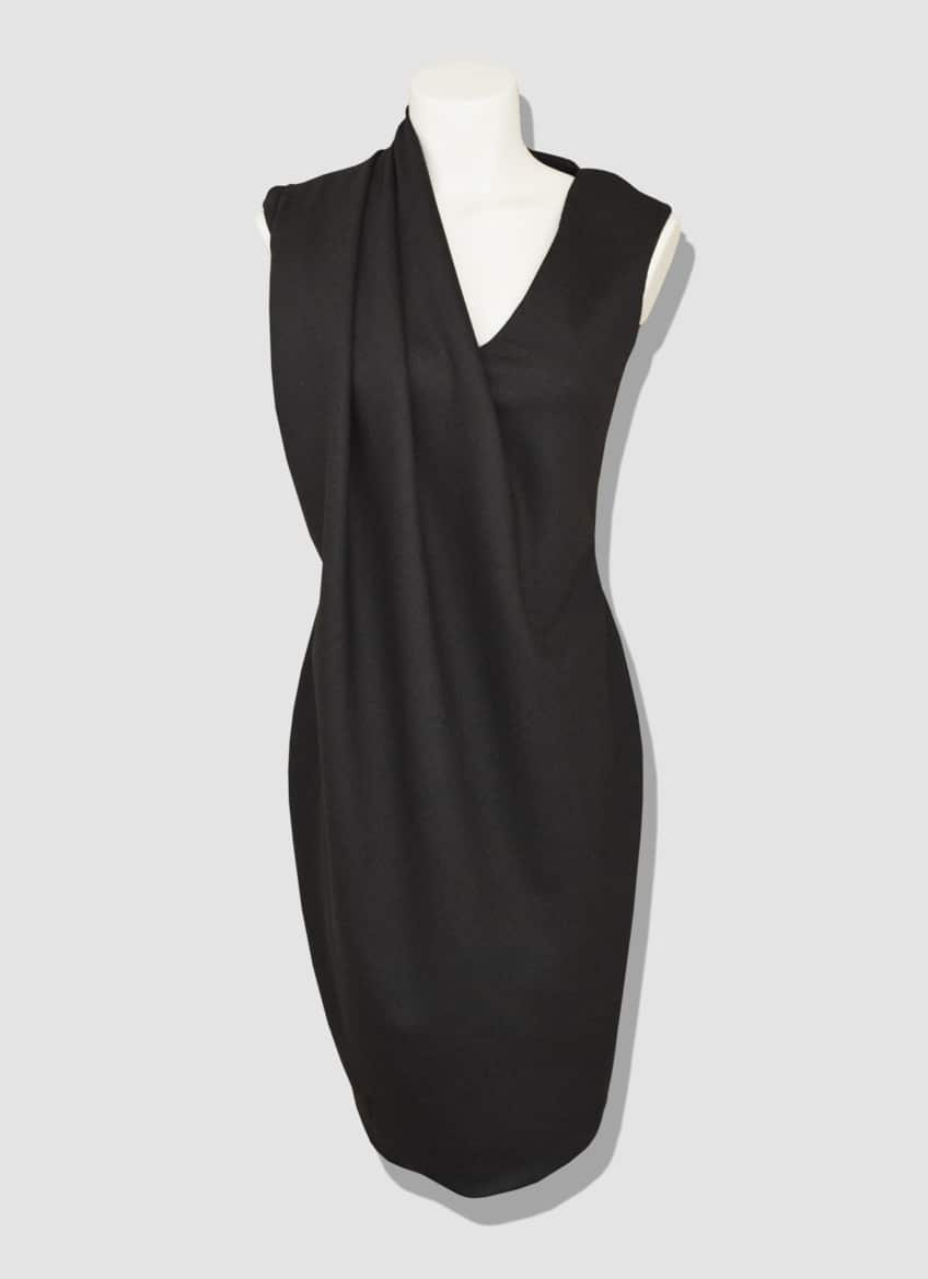 Classy women's dress. Mid-length draped dress made of brown wool. A timeless outfit for a chic and elegant style.